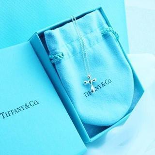 Tiffany & Co. - ☆新品☆未使用☆ ティファニー クロスペンダント