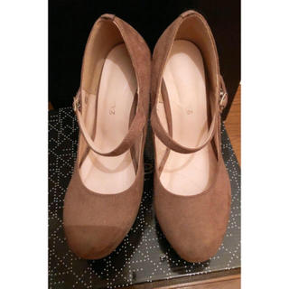ユメテンボウ(夢展望)の秋靴に!ベージュ パンプス 23.5 Mサイズ(ハイヒール/パンプス)