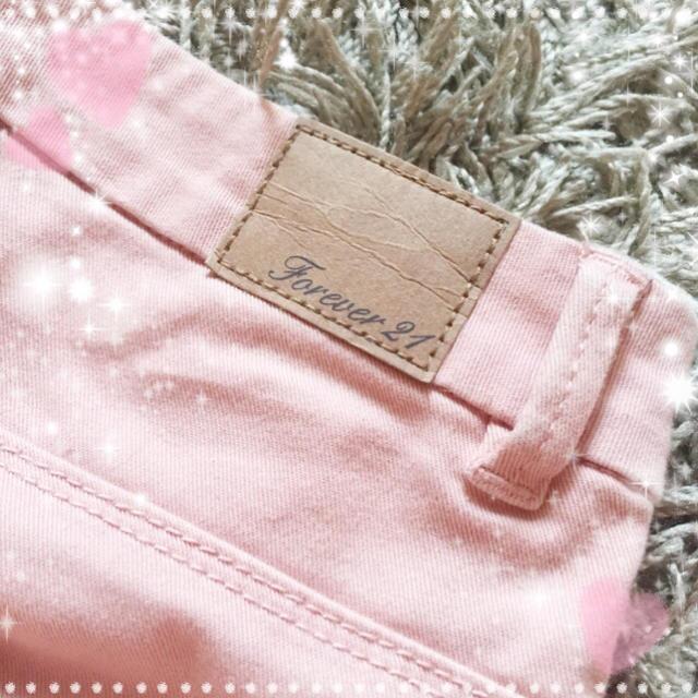 FOREVER 21(フォーエバートゥエンティーワン)のForever21♡サーモンピンクスキニ レディースのパンツ(スキニーパンツ)の商品写真