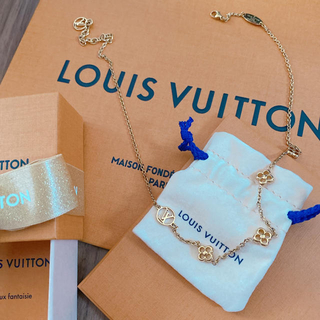 LOUIS VUITTON - VUITTON  ネックレス フラワーフル