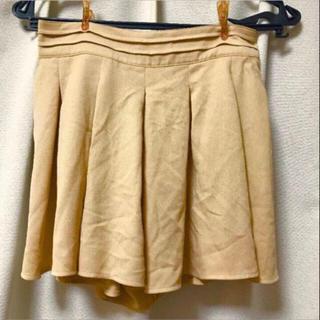 セシルマクビー(CECIL McBEE)のセシルマクビー ショートパンツ ベージュ系 Mサイズ(ショートパンツ)