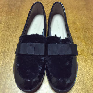 ジェリービーンズ(JELLY BEANS)の【美品】JELLY BEANS ジェリービーンズ パンプス 黒 L ファー(ローファー/革靴)