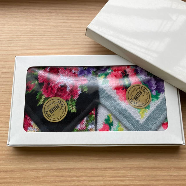 FEILER(フェイラー)のFEILERフェイラーハンカチ  2枚 レディースのファッション小物(ハンカチ)の商品写真