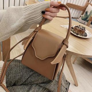 Kastane - ショルダーバッグ ハンドバッグ 2WAYバッグ 韓国ファッション ベージュバッグ