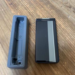 エヌティティドコモ(NTTdocomo)の新品同様 未使用 docomo P-smart ケータイ P-01J Black(携帯電話本体)