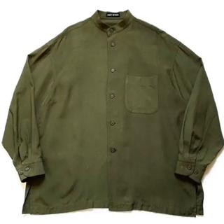 イッセイミヤケ(ISSEY MIYAKE)の希少90sイッセイミヤケ シルクノーカラーシャツ 緑 カーキオリーブ ビンテージ(シャツ)