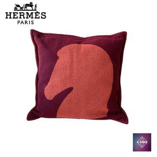 エルメス(Hermes)の【極美品】 HERMES エルメス クッション 馬 レッド オレンジ カシミヤ(その他)