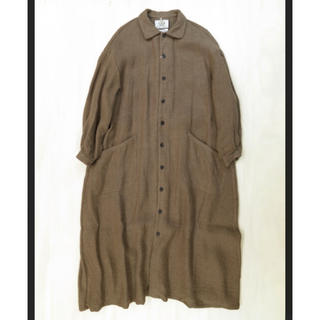 ヤエカ(YAECA)のYAECA WRITE ワークシャツドレス(アーモンド) コート(ロングワンピース/マキシワンピース)