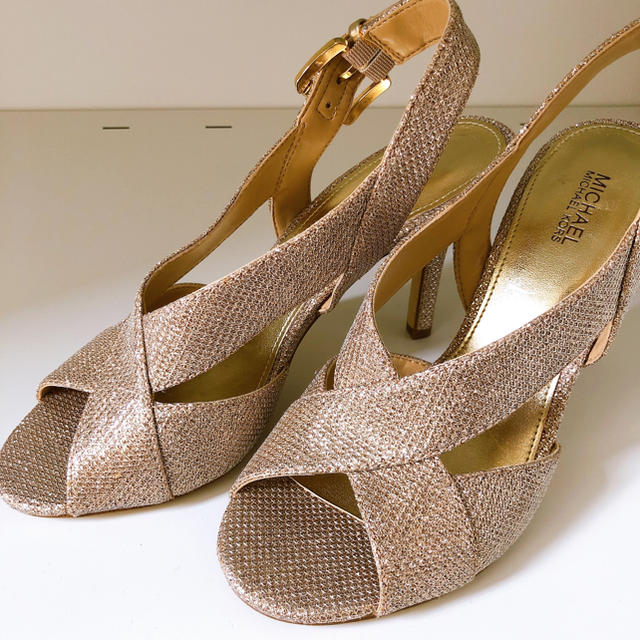 Michael Kors(マイケルコース)のMICHAEL KORS サンダル👠💕 レディースの靴/シューズ(サンダル)の商品写真