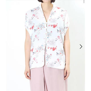 マメ(mame)の未使用 mame kurogouchi 20SS  花柄 シャツ サイズ2(シャツ/ブラウス(半袖/袖なし))