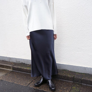 TOMORROWLAND - 【※トゥモローランド完売スカート】ネイビー34サイズ