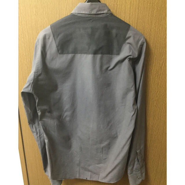 JOHN LAWRENCE SULLIVAN(ジョンローレンスサリバン)のjohn lawrence sullivan 比翼シャツ トーマスメイソン メンズのトップス(シャツ)の商品写真