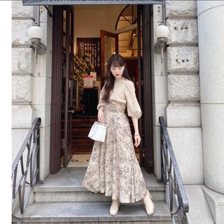 Ameri VINTAGE - 即購入OK❗acka 完売 花柄スカート ベージュ 試着のみ 美品