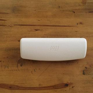 フォーナインズ(999.9)の新品未使用 フォーナインズ メガネケース ホワイト 999.9(サングラス/メガネ)