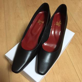 新品 クエスト 神戸 パンプス 黒 24.5cm リクルート 革製