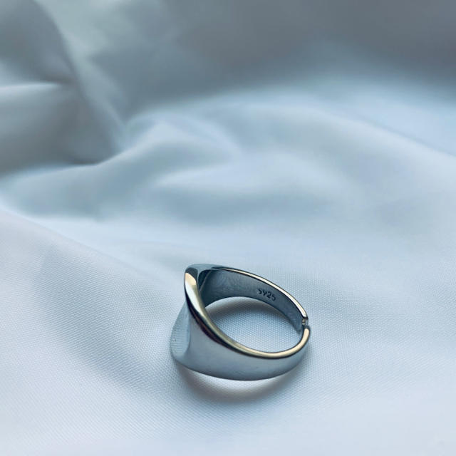 BEAUTY&YOUTH UNITED ARROWS(ビューティアンドユースユナイテッドアローズ)のsilver925  オーバルリング レディースのアクセサリー(リング(指輪))の商品写真
