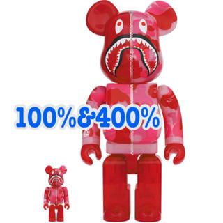 アベイシングエイプ(A BATHING APE)のBE@RBRICK CLEAR ABC CAMO SHARK 100%&400%(その他)