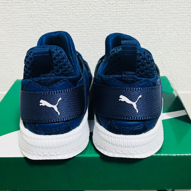 PUMA(プーマ)のプーマ ベビーシューズ 新品 15cm キッズ/ベビー/マタニティのキッズ靴/シューズ(15cm~)(スニーカー)の商品写真