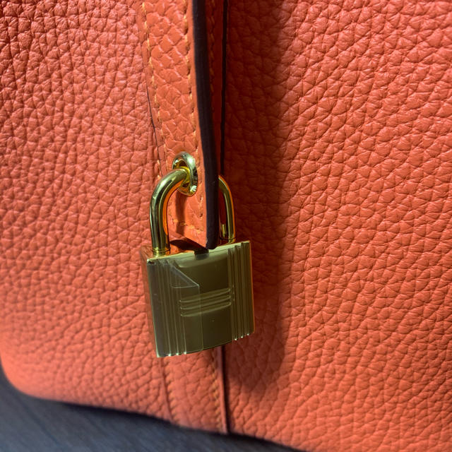 Hermes(エルメス)のエルメス ピコタンロックPM  ゴールド金具 新品 レディースのバッグ(ハンドバッグ)の商品写真