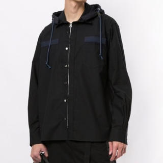 サカイ(sacai)のsacai フード付きシャツ ブラック サイズ1 新品タグ付き(シャツ)