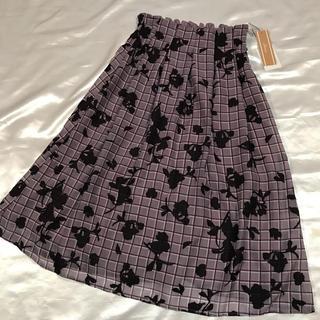 ◆新品タグ付き◆オパールチェック+お花◆ミディアムスカート◆(ひざ丈スカート)