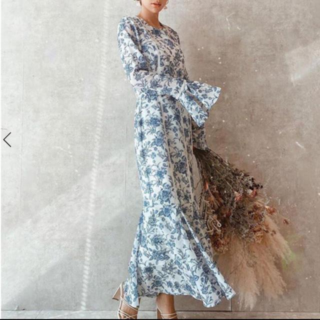 eimy istoire(エイミーイストワール)のeimy istoire  Amanda flower マーメイドワンピース レディースのワンピース(ロングワンピース/マキシワンピース)の商品写真