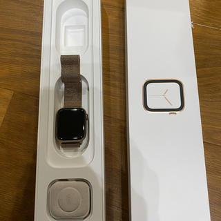 アップル(Apple)のアップルウォッチ4  40ミリ teemi様専用(腕時計)