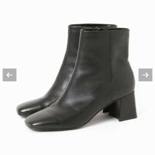 イエナスローブ(IENA SLOBE)のAFFRANCHIE  スクエアヒールブーツ 24.0(ブーツ)
