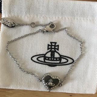 ヴィヴィアンウエストウッド(Vivienne Westwood)のシェルブレスレット シルバー 刻印あり(ブレスレット/バングル)