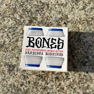 インディペンデント(INDEPENDENT)のスケボーブッシュセット BONES ボーンズ SOFT ホワイト 新品(スケートボード)