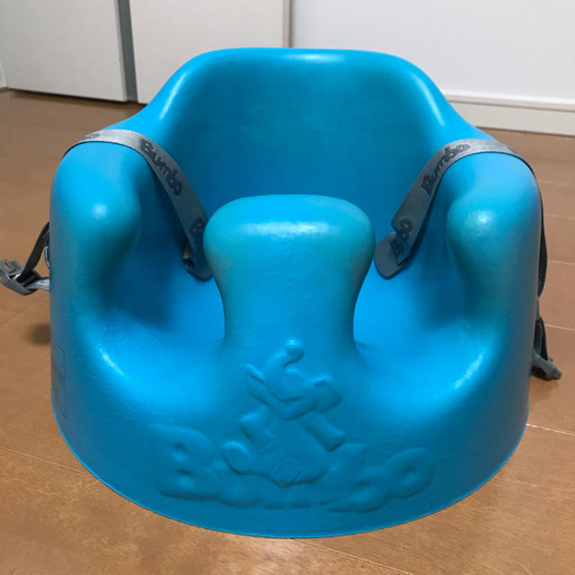 Bumbo(バンボ)のバンボ キッズ/ベビー/マタニティの寝具/家具(収納/チェスト)の商品写真