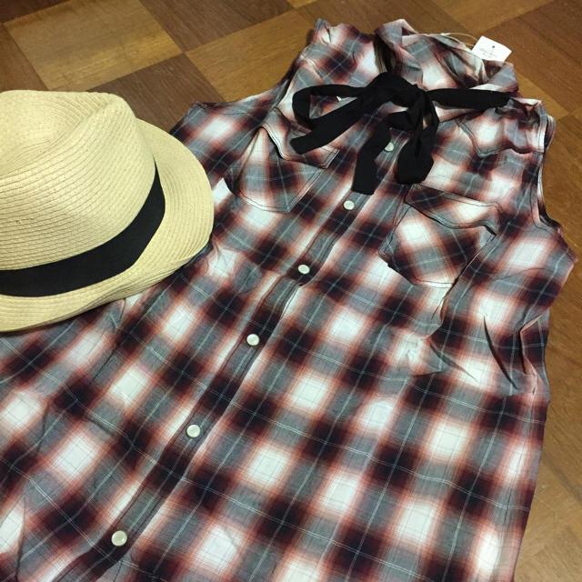 GU(ジーユー)の専用チェック シャツワンピ レディースのトップス(シャツ/ブラウス(半袖/袖なし))の商品写真
