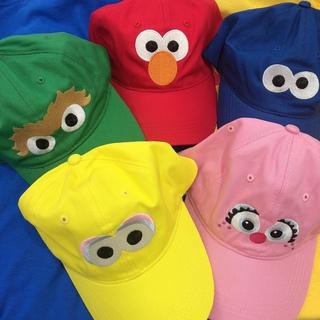 セサミストリート(SESAME STREET)のセサミストリート 刺繍 キャップ エルモ 帽子(キャップ)