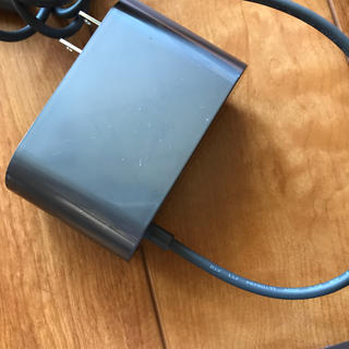 ダイソン(Dyson)の充電器(バッテリー/充電器)
