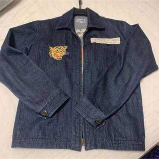 ビームス(BEAMS)のBEAMS 刺繍デニムジャケット(Gジャン/デニムジャケット)