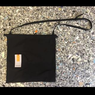ワンエルディーケーセレクト(1LDK SELECT)のformuniform ショルダー付巾着バッグ クラスカ(ショルダーバッグ)