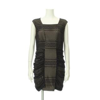 ビーシービージーマックスアズリア(BCBGMAXAZRIA)のビーシービージーマックスアズリア ドレス(その他ドレス)