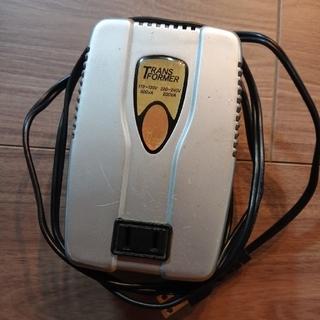 【値下げしました】海外用 220-240V 変圧器 TI 200