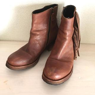 ローズバッド(ROSE BUD)のプントピグロ(Punto Pigro)ショートブーツウエスタン/ローズバッド(ブーツ)
