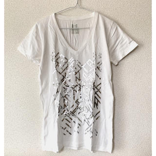 アンダーアーマー(UNDER ARMOUR)のTシャツ 半袖 Vネック 白 ホワイト ラメ(Tシャツ(半袖/袖なし))