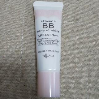 エテュセ(ettusais)のK様専用!エテュセ BB ミネラル ホワイト 20 自然な肌色 20g(BBクリーム)