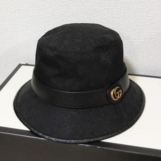 Gucci - 現行 グッチ GUCCI バケットハット ブラック GGキャンバス バケハ 帽子