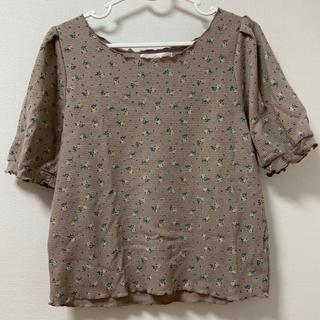 レトロガール(RETRO GIRL)の【RETRO GIRL】花柄Tシャツ(茶色)(Tシャツ(半袖/袖なし))