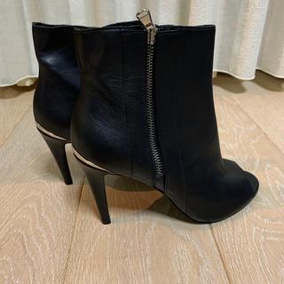 ディーゼル(DIESEL)の【月末限定セール】新品DIESEL ブラックゴールド ブーツ(ブーツ)