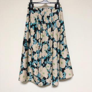 ドリスヴァンノッテン(DRIES VAN NOTEN)の花柄スカート(ひざ丈スカート)