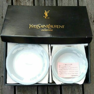 イヴサンローランボーテ(Yves Saint Laurent Beaute)の【未使用】イヴ・サンローラン お皿セット 5組(食器)