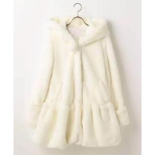 リズリサ(LIZ LISA)のLIZ LISA  フード付きファーコート ホワイト(毛皮/ファーコート)