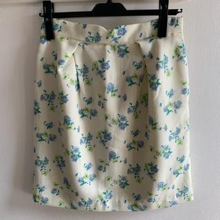 パターンフィオナ(PATTERN fiona)のPATTERN fiona 花柄 タイトスカート(ひざ丈スカート)
