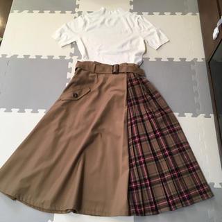 スウィングル(Swingle)のスウィングル チェック×ベージュ 秋冬スカート  超美品(ひざ丈スカート)