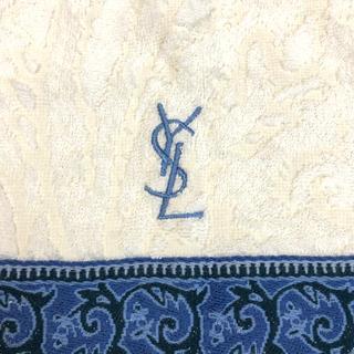 イヴサンローランボーテ(Yves Saint Laurent Beaute)の新品 未使用 イヴ サンローラン ロゴ入りタオルハンカチ 刺繍 YSL (ハンカチ)